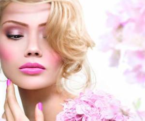 Make-up Trends Lente en Zomer 2013 – Bloemen bij Babor