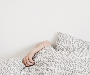 Zo kom je in slaap met warm weer