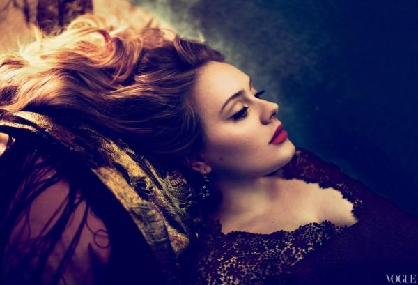 Adele in de Amerkaanse VOGUE 3