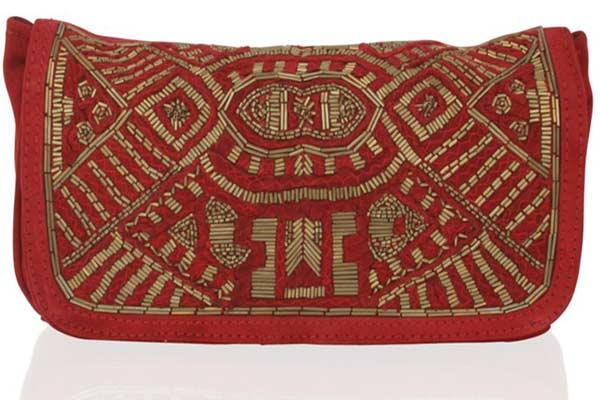 Mode Musthaves - Suede Clutch Darie van Antik Batik  - € 219,95