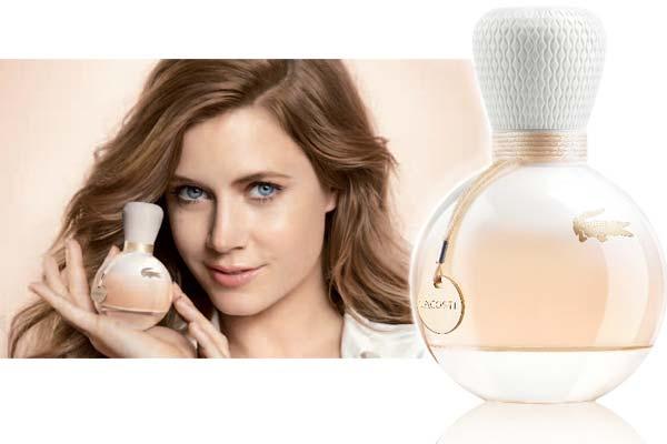 Nieuw iconisch parfum: Eau de Lacoste met Amy Adams