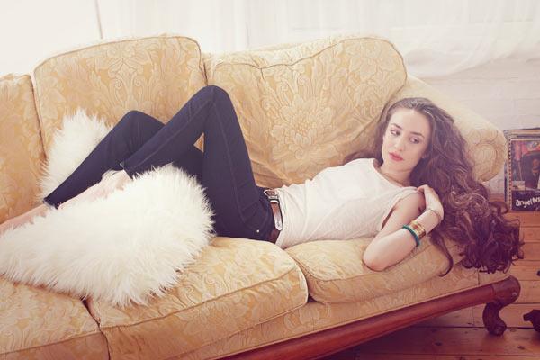 Wrangler Denim Spa jeans met Elizabeth Jagger als boegbeeld