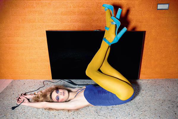 Samsung by Alek Bruessing - Smart TV