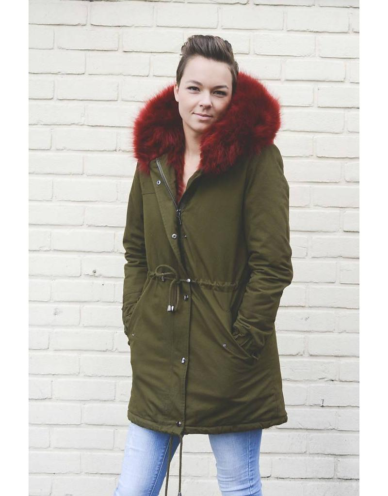 ultimate-fur-parka-rood
